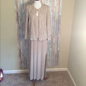 Alex Evenings Dresses & Skirts - Alex Evenings size 12 petite 2 piece formal dress