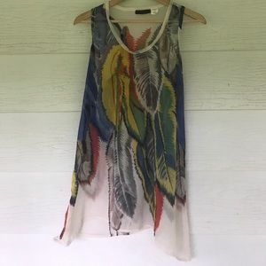 whats hot Tops - Sheer feather tank