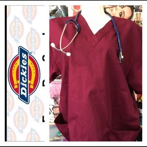 Dickies Tops - 🚑 New Dickies V Neck 2 Pocket Medical Tops 🚑