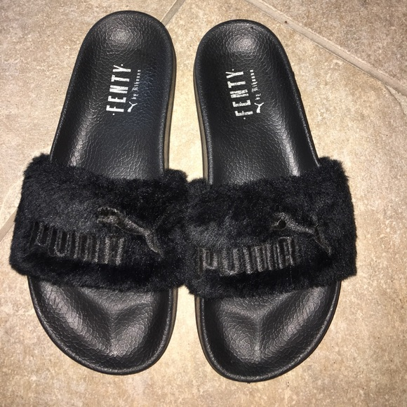 best loved d507e fc441 Puma Rihana fenty fur slides black sz 9