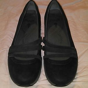 AHNU Shoes - AHNU GRAY LEATHER BALLET FLATS SIZE 9.5M