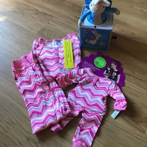 Dollie & Me Other - NWT Dollie & Me Matching Girls Pajamas