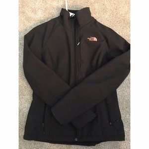 The North face windwall thermal jacket! Like new