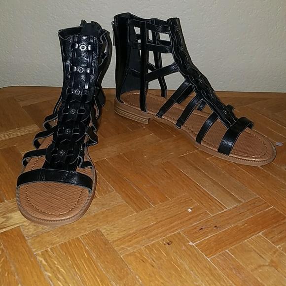 0baaba46dd87 Women s Nine West Gladiator Sandals Xeron 11 12. M 594db796a88e7d26ac00090e