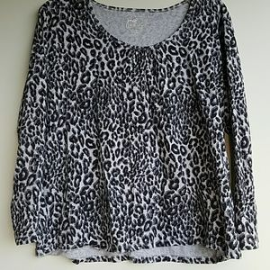 Just My Size Tops - Grey leopard print shirt