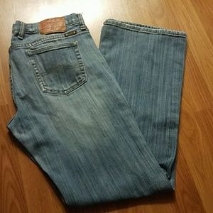 PRICE ✂ Lucky Brand boot cut jeans