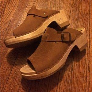 No. 6 Shoes - No. 6 Sadie clogs, open toe size 39 medium heel
