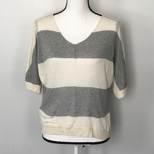 Ann Taylor LOFT Short Sleeve Dolman Sweater A56