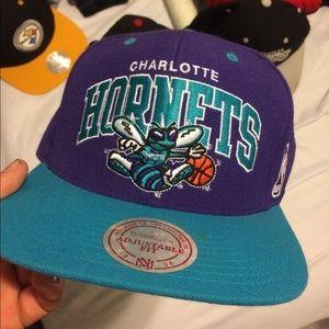 Mitchell & Ness Other - Vintage Charlotte Hornets snapback hat