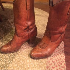 Frye Shoes - Leather cowgirl boots