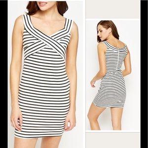 Dresses & Skirts - NWT Stripped Dress Sz M
