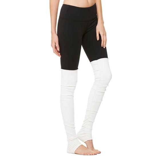 Alo Goddess Yoga Pants In Black