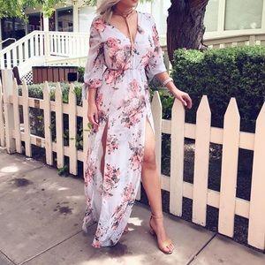 Dresses & Skirts - Floral double slits dress