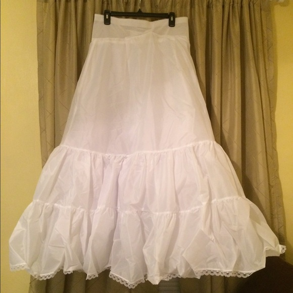 d5eda70e7f David s Bridal Plus Size A-Line Med. Fullness Slip
