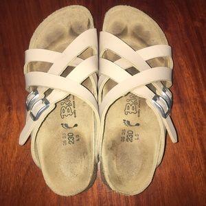 Birkenstock Shoes - 🔴 Birkies by Birckenstocks - 5-5 1/2 (230) - tan
