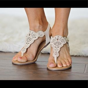 Shoes - ❗️SALE❗️Nude Cut Out Thong Sandal