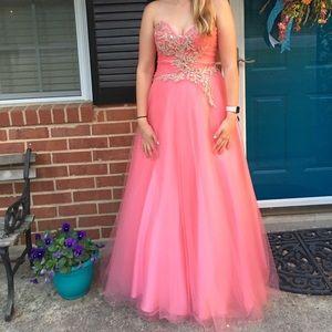 Alyce Paris Dresses & Skirts - Pink size 8 Alyce Paris corset prom dress