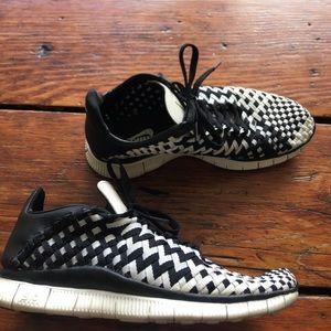 Nike Shoes - Nike free limited edition