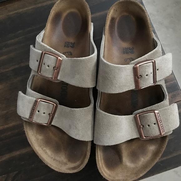 28 off birkenstock shoes birkenstock arizona taupe. Black Bedroom Furniture Sets. Home Design Ideas