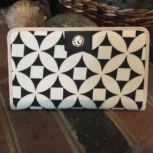 Spartina 449 Handbags - Spartina black and cream wallet