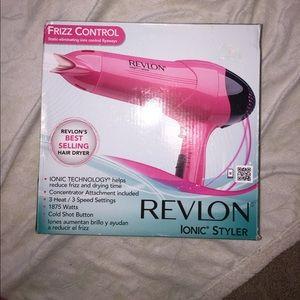Revlon Other - 💖NEW LISTING💖 Revlon hair dryer