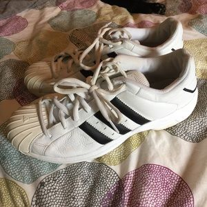adidas Other - Adidas classic tennis shoes