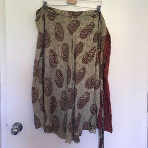 🆕 Two Sided %100 silk wraparound Skirt