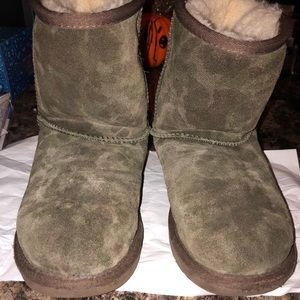a211781b648 Army Fatigue Ugg boots