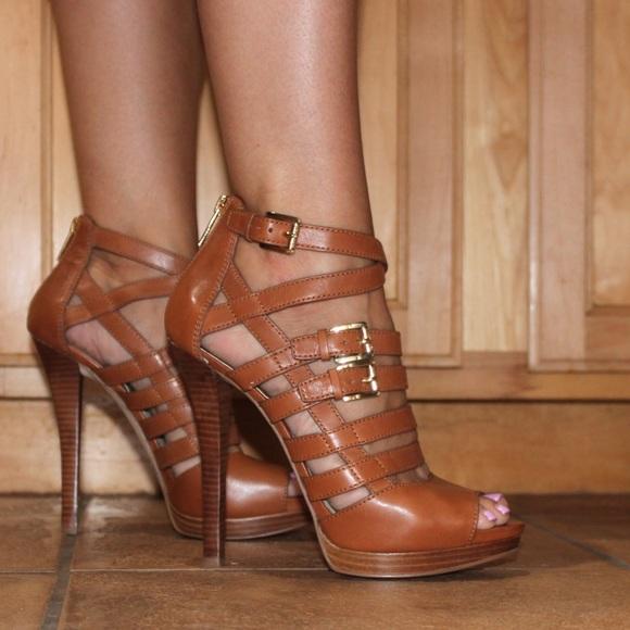 01c67561c01 Michael Kors Sandra sandals. M 594e960b981829b4f300a31f