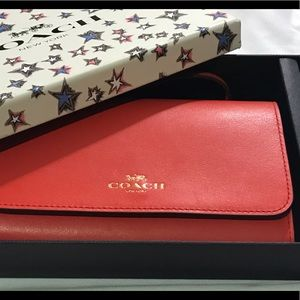 NEW  with tags, in box, COACH Wallet/Wristlet