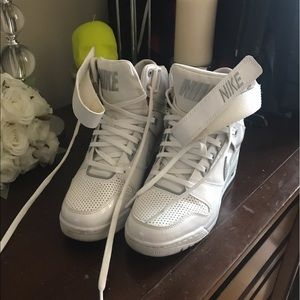 Nike Sky Dunk Hi 9 White Leather Gum Sole Wedge