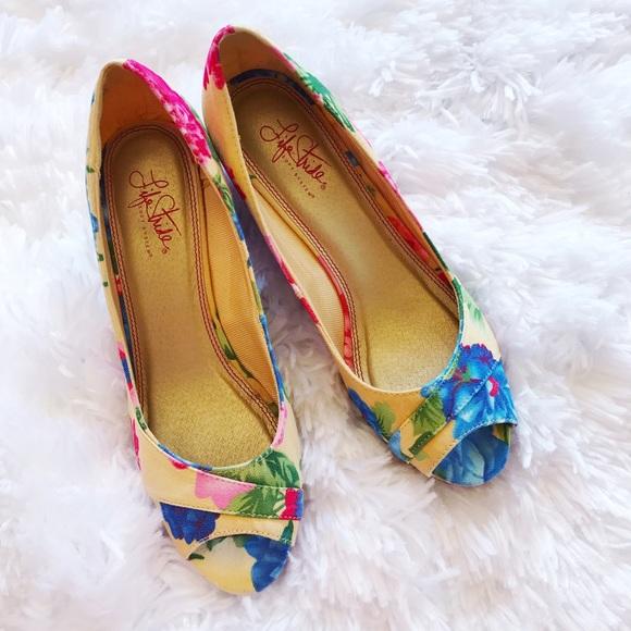 e30cba105679 Life Stride Shoes - Life Stride