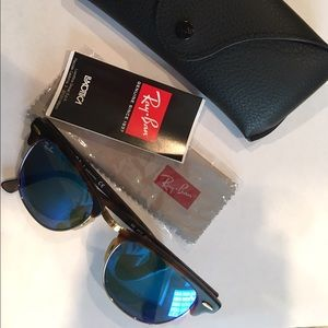 Ray-Ban Other - Ray-Ban Clubmaster