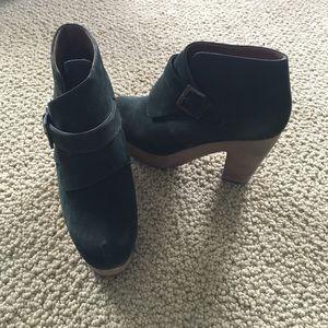 Rachel Comey Shoes - Suede Hunter Green Clog Platform Booties sz 7.5