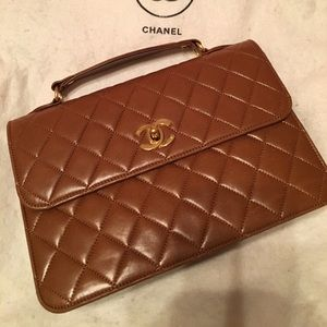 ⭐️PRICE DROP⭐️ Vintage Chanel Flap Bag