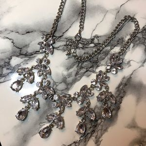 Jewelry - Crystal Statement Neckace