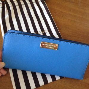 henri bendel Handbags - NWT NEW Henri Bendel West 57th blue wallet $98