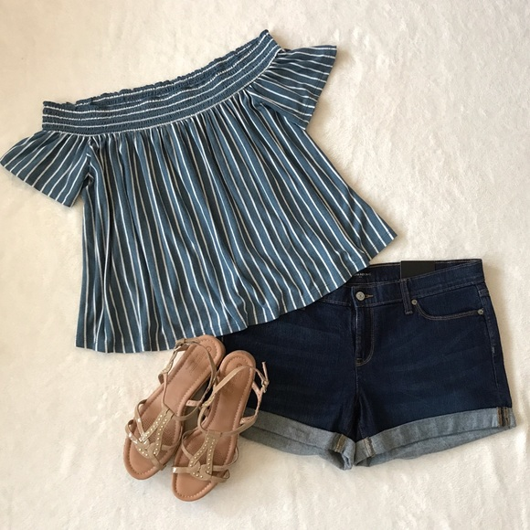 36a5c64ff0687 American Eagle Outfitters Tops - AEO Off the Shoulder Stripe Top