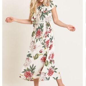 Dresses & Skirts - Beige One Shoulder Floral Midi Dress