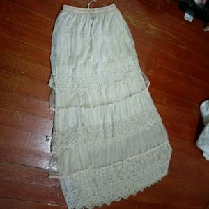 Dresses & Skirts - Very Cute Country Maxi Skirt