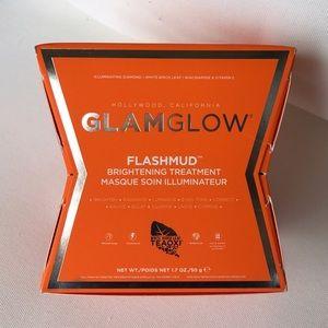 BNIB GLAMGLOW FLASHMUD BRIGHTENING TREATMENT