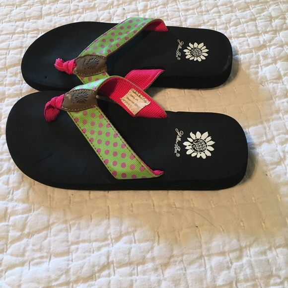 67 Off Yellow Box Other - Yellow Box Flip Flops Cute Green  Pink Polkadots From Rebeccas -6564