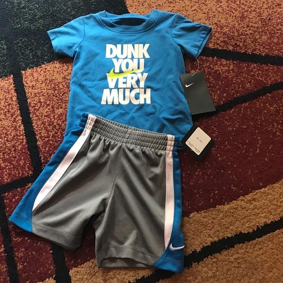 9a953651805fb Baby boys Nike 2 piece set 18 months shirt shorts