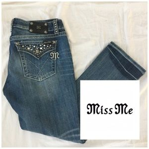 Miss Me Denim - Miss Me Straight Leg Studded Jeans 👖