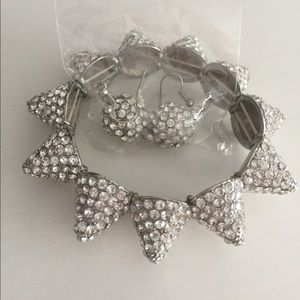 NWOT Bracelet and Earring Set