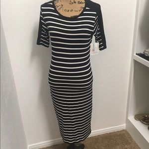 LuLaRoe Dresses & Skirts - LuLaRoe Black and White Striped Julia Small