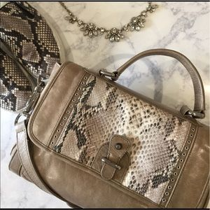 Rebecca Minkoff Handbags - Rebecca minkoff snake skin tan crossbody