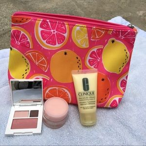 Clinique Handbags - Clinique Cosmetic Makeup Bag Eye Shadow Duo Blush
