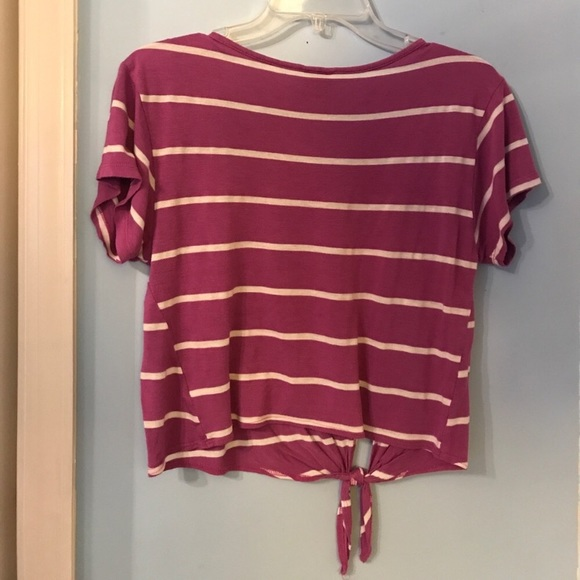 Purple and a white striped t shirt crop top s from carly 39 s for Purple and black striped t shirt