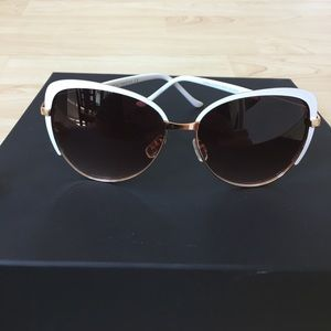 Rocawear Accessories - New Cat Eye ROCAWEAR Trendy Sun Glasses